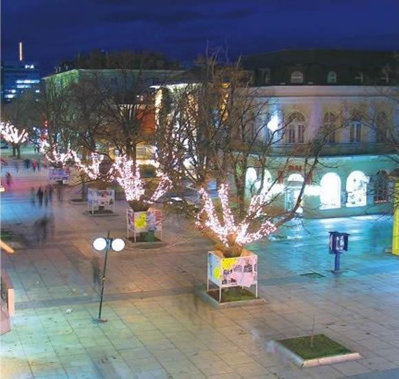 Главната улица на Сливен през Коледните празници